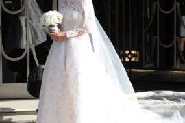 Une robe de mariée splendide