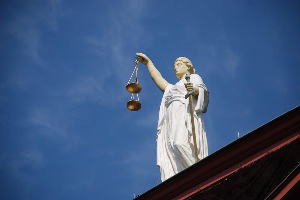 la justice a décrété la légalité